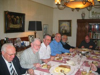 Passionisten aan tafel inMunstergeleen
